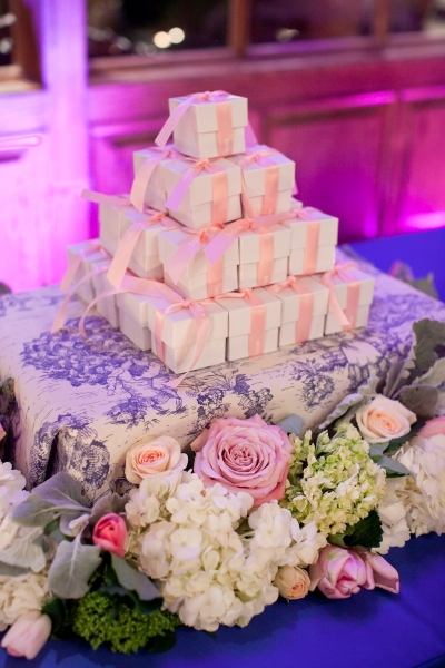 Favor Table - Pink on White