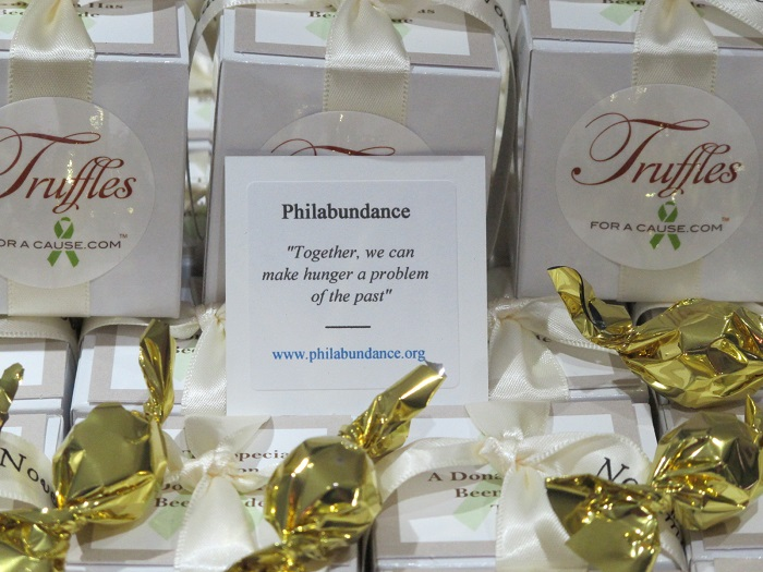 Philabundance wedding donation close up of Sandra & Matt's Mini favors and charity card.
