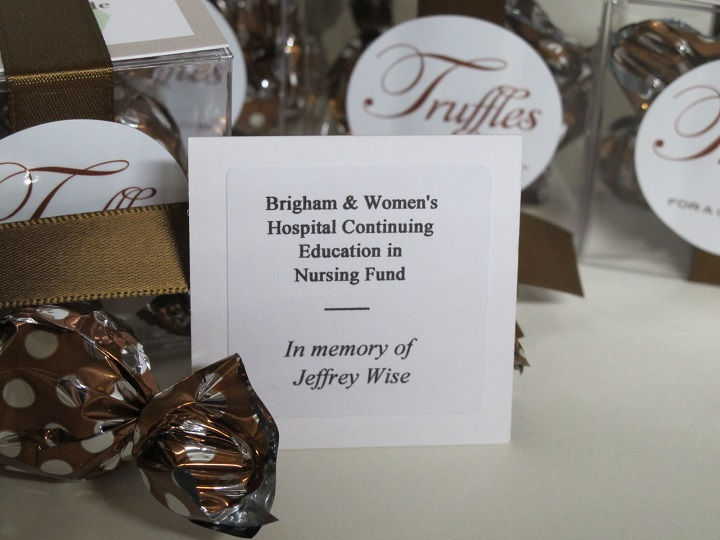 Brigham Women's Hospital - Twist favor close up of favors and charity card with special mention.